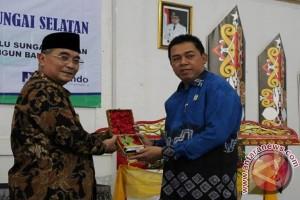 H Rafi'i Muhtar Kembali Terpilih Ketua Gapensi HSS