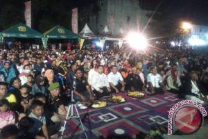 Ribuan Warga Banjarbaru Nonton Bareng Film G30s/PKI