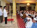 Bupati Barito Kuala H. Hasanuddin Murad melaksanakan syukuran ulang tahun ke-60, di rumah jabatan Bupati Batola, Selasa (10/10). Foto:Antaranews Kalsel/Arianto/G.
