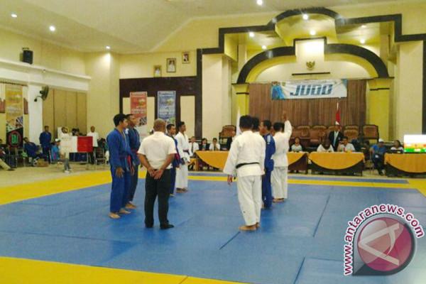 Kotabaru's taekwondo win 12 Proprov medals