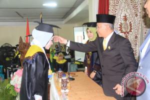 Akper Murakata Wisuda 90 Mahasiswa