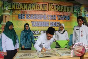 Tapin Canangkan 11 Desa Jadi Kampung KB