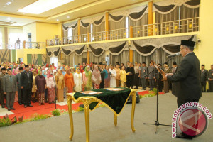 Wali Kota Banjarbaru Lantik 221 Pejabat