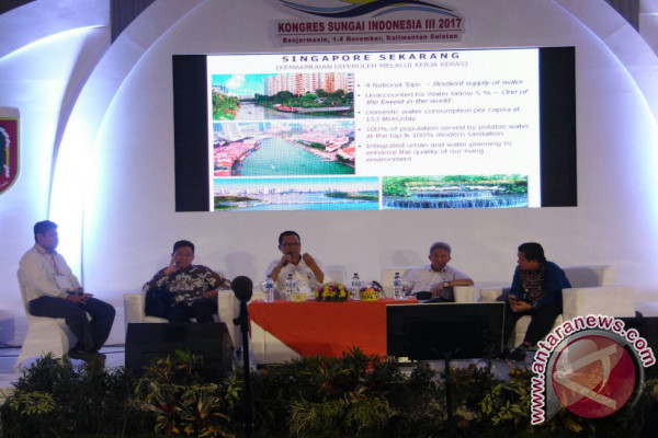 "River congress produced ""Banjarmasin Declaration"""