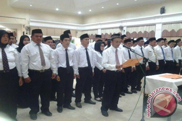 Bupati : Anggota PPK Harus Bekerja Jujur dan Adil