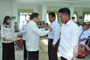 Kepala Desa HSS Dilatih Berpidato
