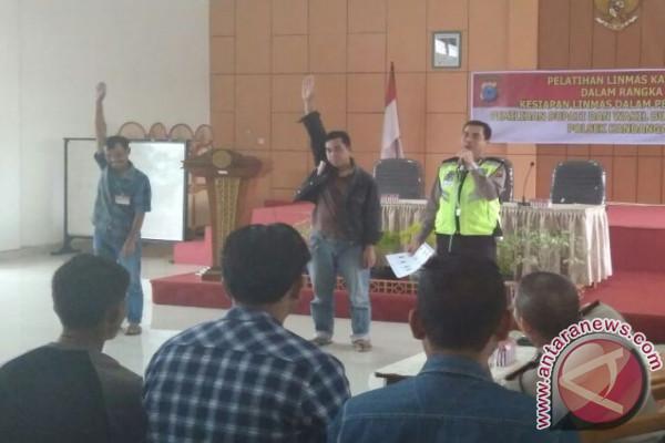 Polres HSS Gelar Pelatihan Linmas Jelang Pilkada