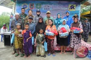 Lanal Banjarmasin Laksanakan Bakti Sosial Di CLU