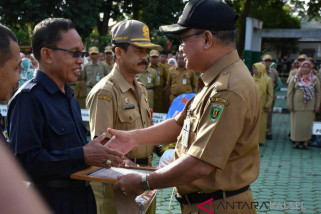 Four Schools in Tabalong Receive National Adiwiyata Award