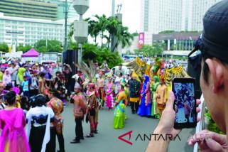 Atraksi Budaya Tabalong Tampil Di CFD Jakarta