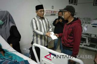Bupati HSS Bantu Operasional Pengobatan Pasien Aslamiah