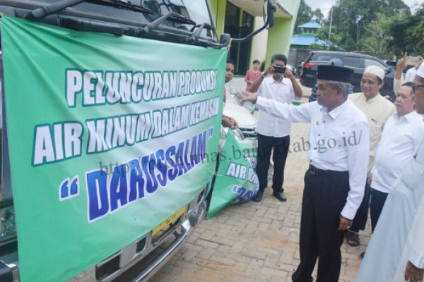 Regent Banjar Launches Darussalam Mineral Water