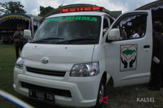 Masyarakat Kecewa, KPK Bawa Mobil Ambulan Cinta Banua