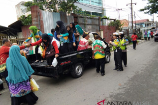 Polantas Berhentikan Pickup Angkut Peserta Festival Sasirangan