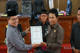 DPRD Menerima Penyampaian Laporan Pertanggungjawaban Kepala Daerah