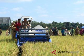 Gapoktan HST Dapatkan Bantuan 200 Unit Traktor