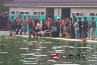 Korban Tenggelam Di Kolam Renang Ditemukan Meninggal
