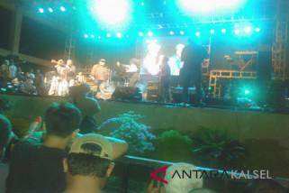 Grass Rock-Nicky Astria Hibur Rockers Banjarmasin