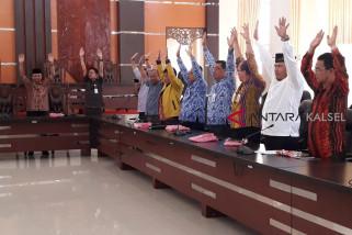 Anggota Dewan Tabalong Ikuti Senam Pemeriksaan Payudara