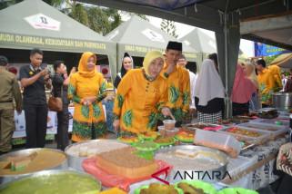 Bupati Buka Pasar Wadai Ramadhan 1439 Hijiriah