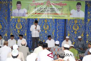 Pemkab Safari Ramadhan ke Desa Sumber Makmur