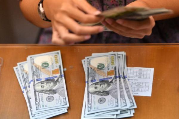 Dolar AS menguat didukung sejumlah data ekonomi