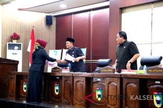 Dewan sampaikan pemadangan umum terhadap lima Raperda