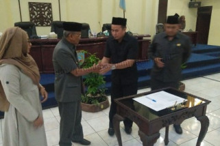Bupati Hadiri Paripurna DPRD Banjar