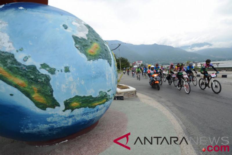 """Ribuan pesepeda meriahkan """"Sepeda Nusantara"""""""