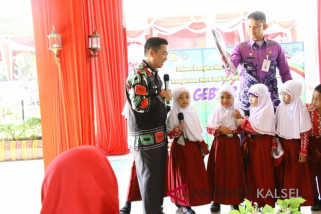 Wali Kota Berdialog dengan Siswa SD