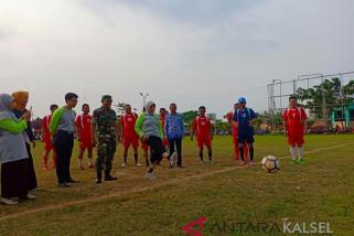 Noormiliyani buka turnamen  Bupati Cup V