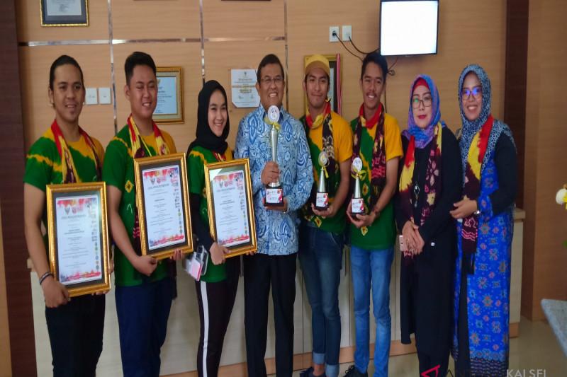ULM sabet tiga piala Festival Tari Borneo 2018 di Malaysia