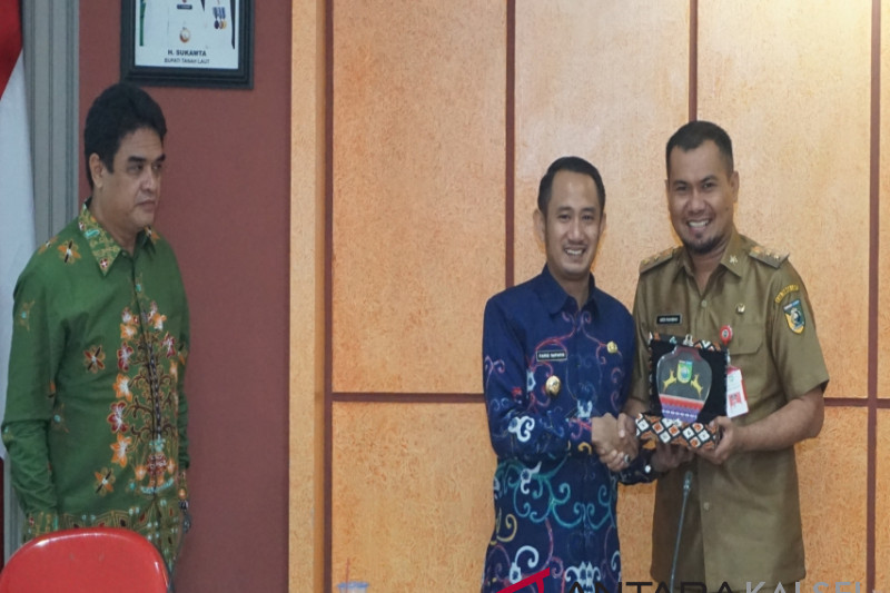 Palangkaraya Mayor visits Tanah Laut