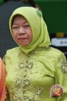 Guru SMKN Samarinda Berbusana Ala Kartini