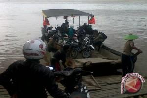Bupati Imbau Penyeberangan Tradisional Utamakan Keselamatan Penumpang