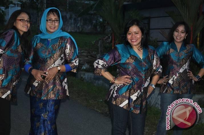 Batik Indonesia yang Makin Mendunia  ANTARA News Kalimantan Timur