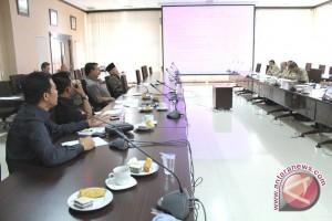 Komisi III Minta BLH Buat Program Unggulan dan Prioritas