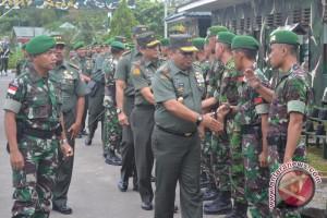 Prajurit TNI-TDM Gelar Patroli Patok Perbatasan