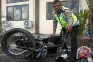 Satu Tewas Akibat Tabrakan Truk dan Motor