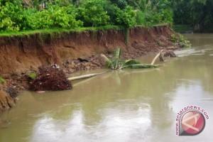 Warga Sangatta Berharap Pemkab Bangun Tanggul Sungai