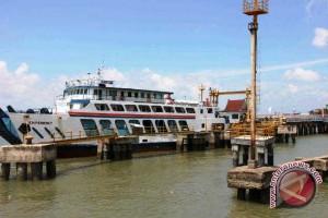Penumpang Arus Balik di Pelabuhan Penajam Meningkat