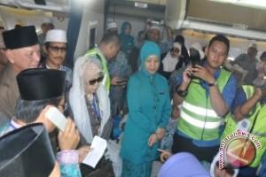 Awang Sambut Kedatangan  Jamaah Haji