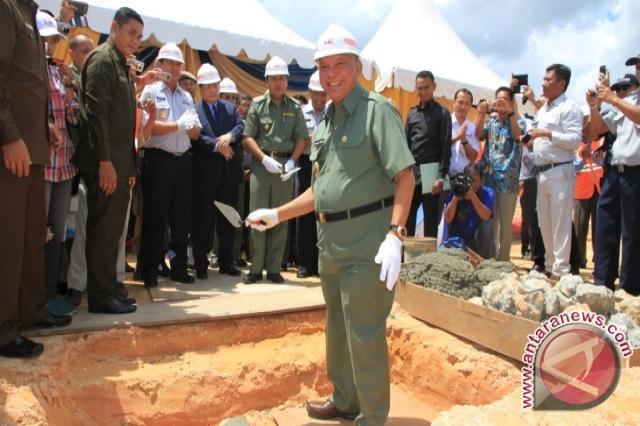 Gubernur Resmikan Pembangunan Sisi Udara BSB