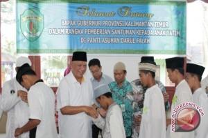 Gubernur : Yatim Piatu Wajib Dapat Beasiswa