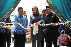 Rita Resmikan Loket Penatausahaan Keuangan