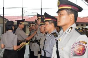 Lima Pejabat Polres Paser Dimutasi