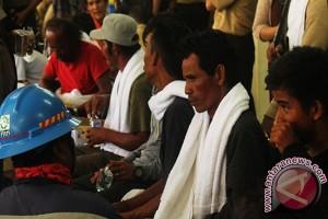 Delapan Penumpang KM Titian Muhibah Diduga Hilang