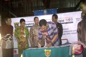 Sentra Sarung Samarinda Dijadikan Kampung Digital