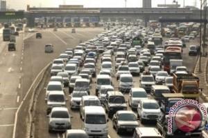 YLKI: Konsumen bisa Tuntut Kemacetan di Jalan Tol