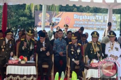 Bersama TNI Jaga Iklim Kondusif